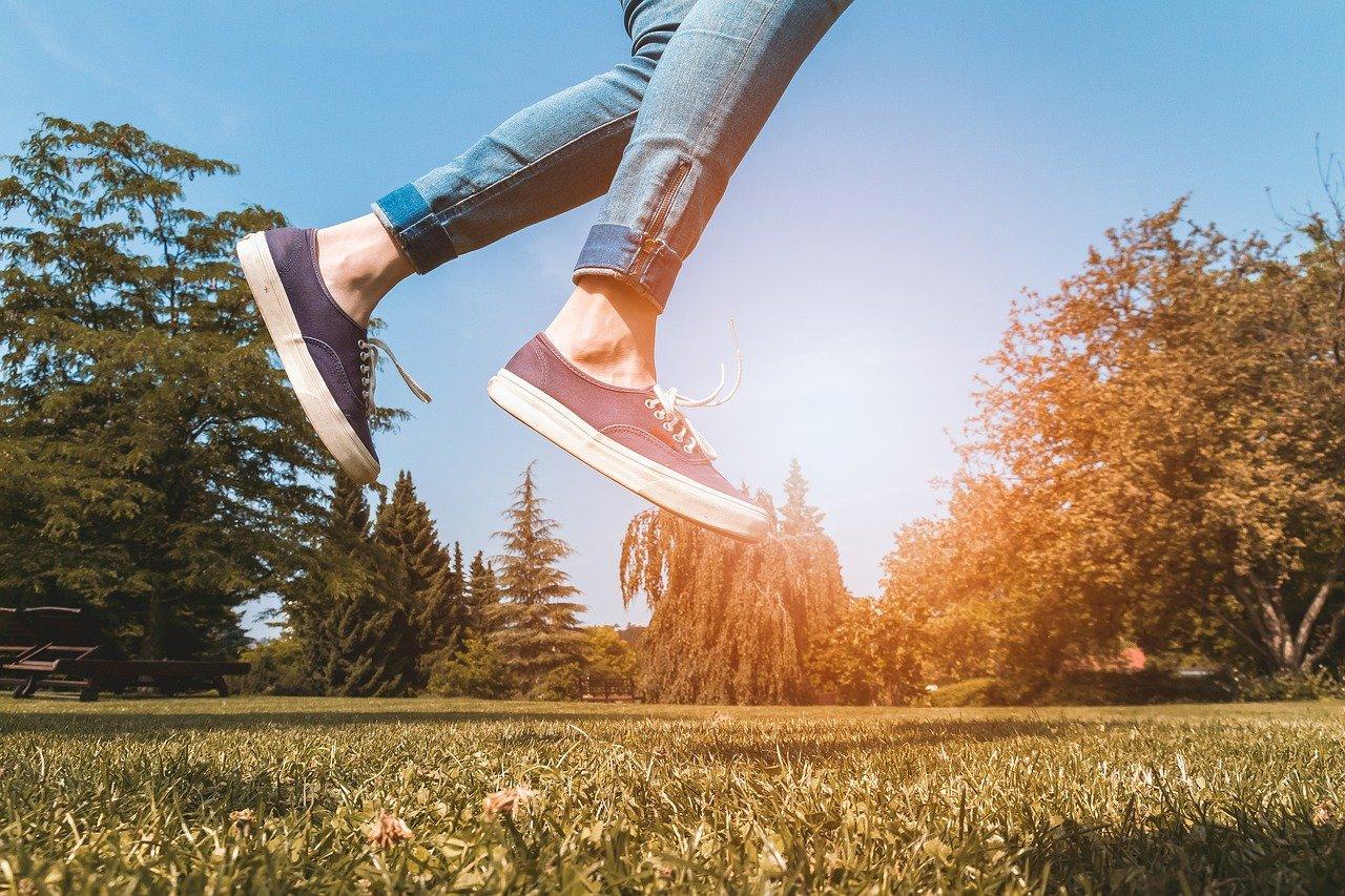 うさぎ跳びの効果や禁止されている理由をご紹介!