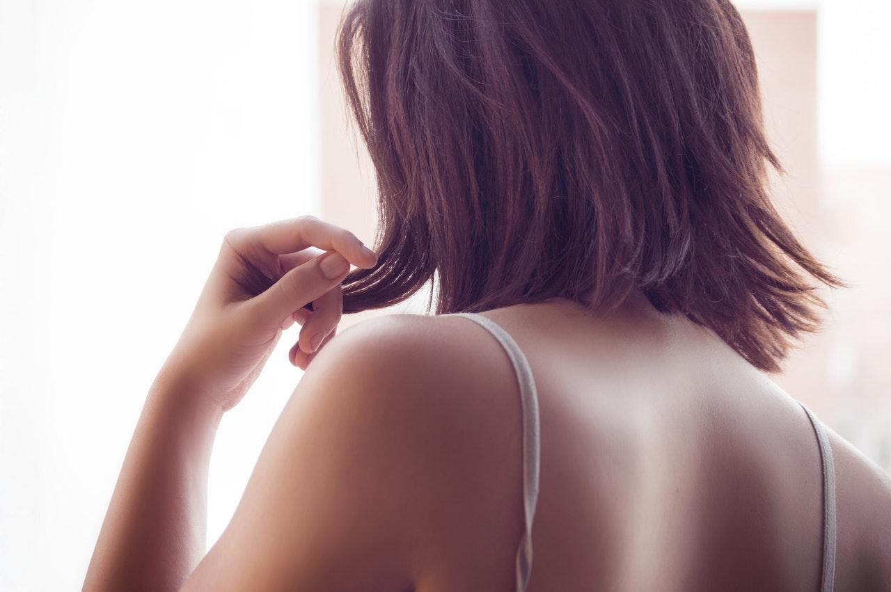 肩こりは冬に起こりやすい!原因や症状を軽減させる効果のある食べ物をご紹介