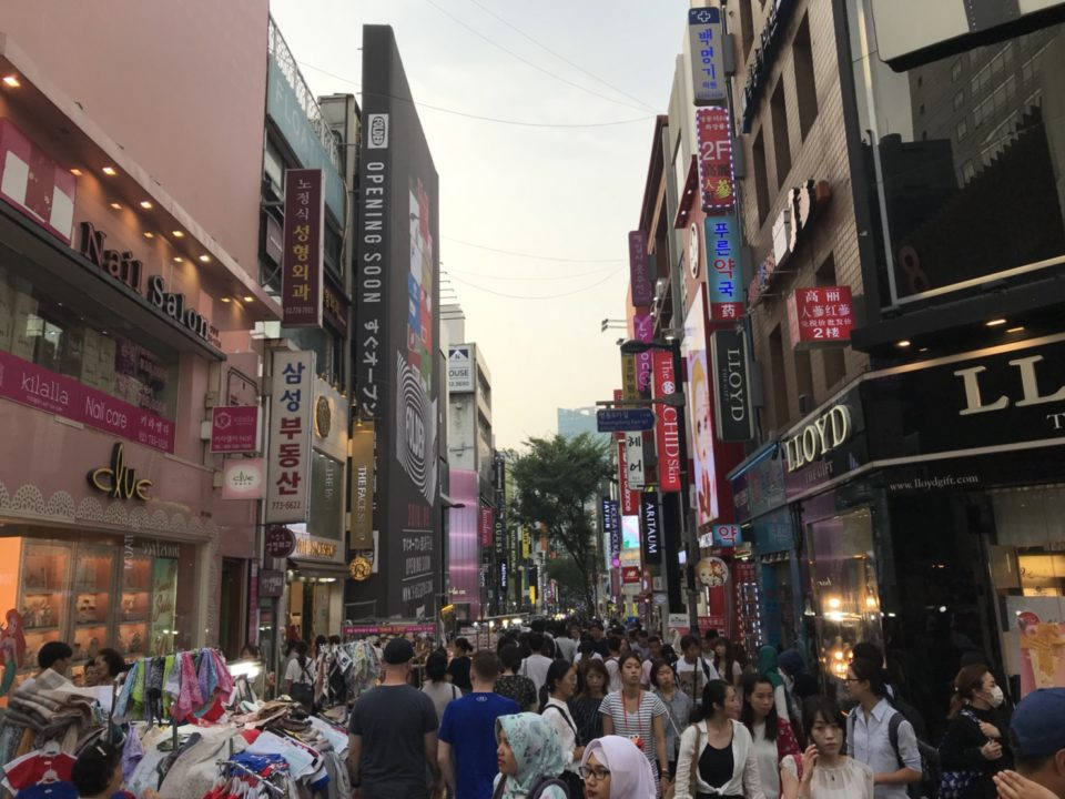 韓国旅行記 明洞街並
