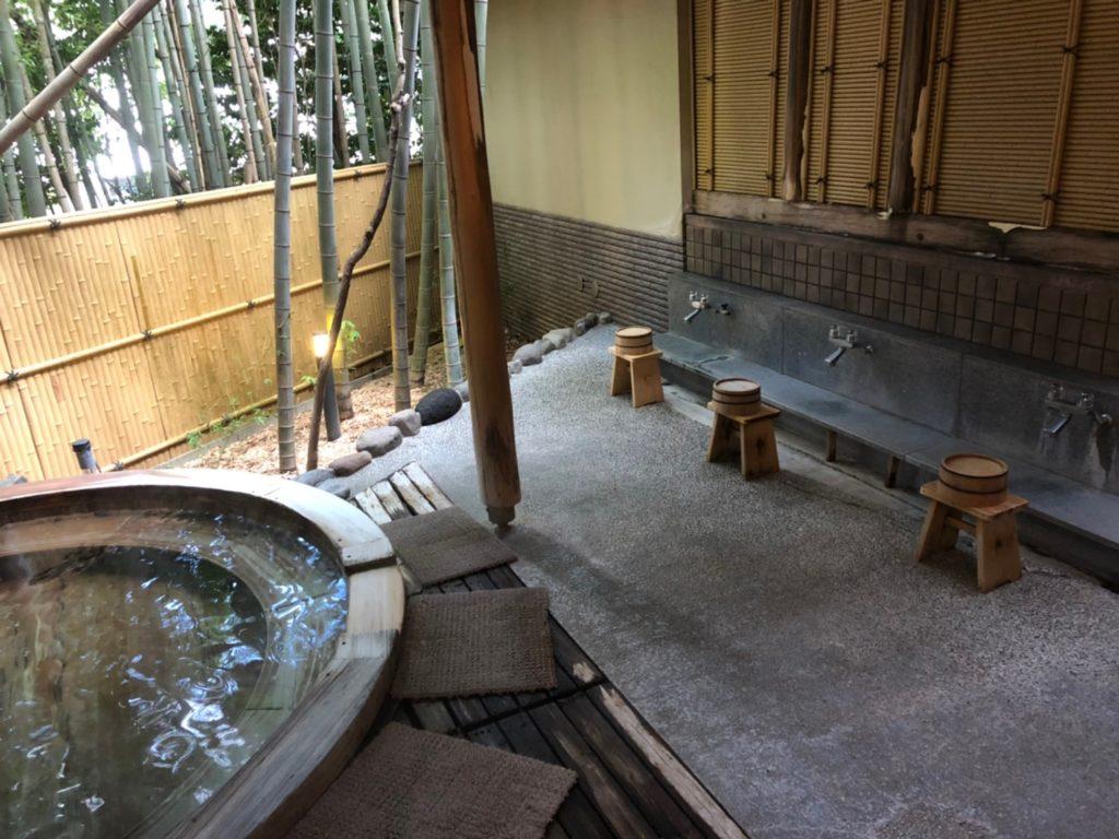 水の音 温泉