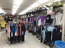 立川スポーツショップ:テニス・バドミントンときわ 立川店