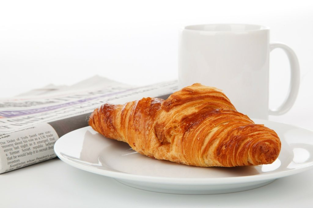 朝ごはんは食べないと太る?太らない?