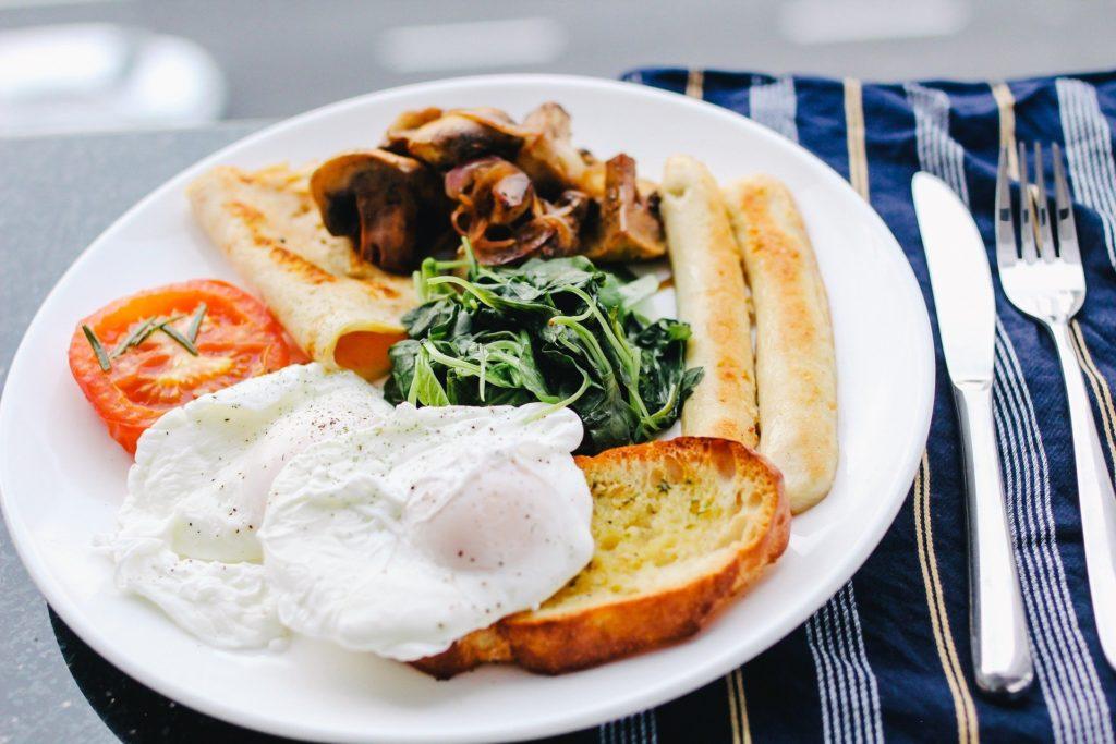 朝ごはんを食べないと太ってしまうという事が判明!その理由は?