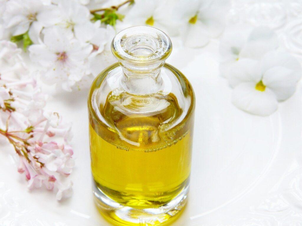 5. 結婚祝いでいらない品物:香水