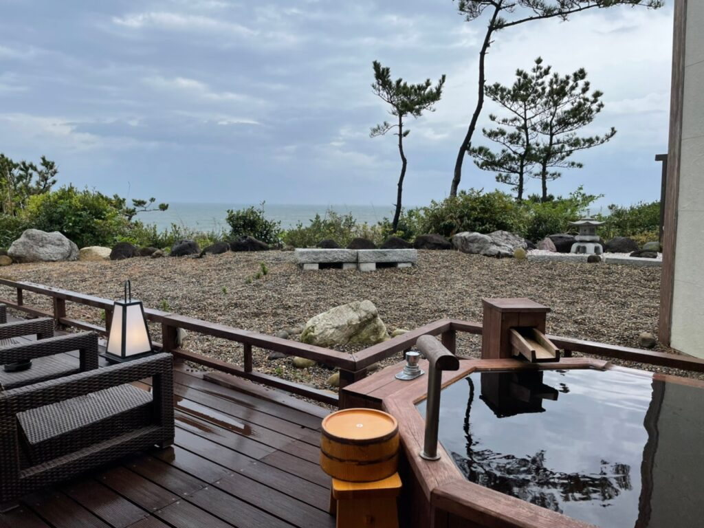 海と森 部屋の温泉
