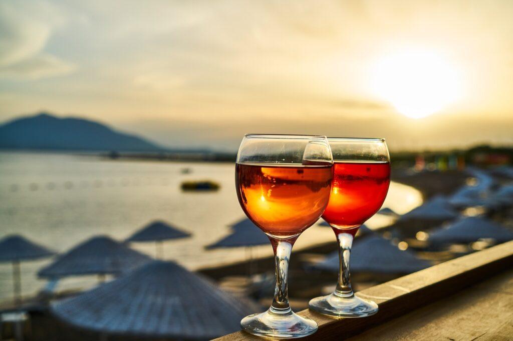 アルコール9%のお酒は強くて危険?抜ける時間とは?